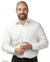 Juan Lainez, Dip CNM, mBANT, CNHC