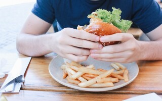 7 types of hunger and what they mean for mindful eating