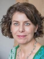 Dr. Amanda Ellwood PhD DipION