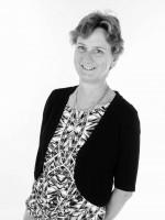 Linda McFarlane BSc (Hons) DipION, mBANT, CHNC