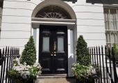 entrance Harley Street