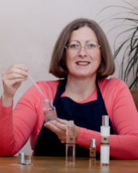 Alison MacColl, Ladies Love Fragrance & Complement Your Health