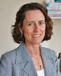 Raquel Martin: Reiki Practitioner, rCNHC, vmTRA, Nutritional Therapist