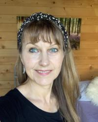 Suzanne Redwood