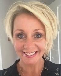 Yvonne Wadeson (PURE) BA (Hons) RGN/RM, HDipCT (VTCT) MAR