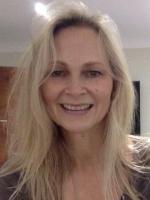 Linda Knight BSc (Hons) LicAc, dip CNM, BScA, MBA