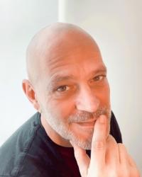 Pieter Maritz - Deep Tissue, Holistic Massage, Myofascial release