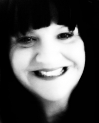 Tania Bonser (MAR, Dip AoR, Dip IHM, Reiki Master)