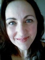 Vicky Collinson, BA (Hons), PGCE, MFHT, VTCT